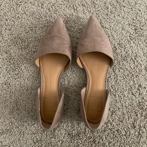 DV flats in great condition!